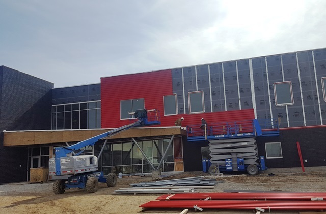Tri Star 2.0 Building Is Getting It's Red