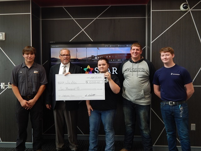 Second National Bank Donates to Tri Star: Featured Image 1