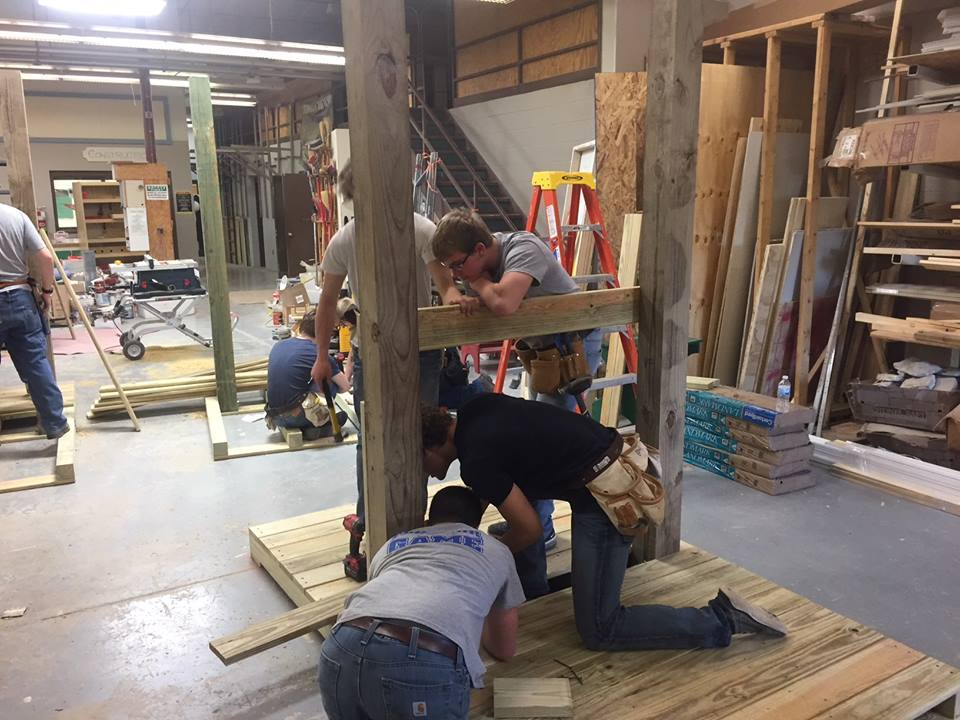 Construction Students Build Benches for Mercer Co Fairgrounds: Featured Image 1