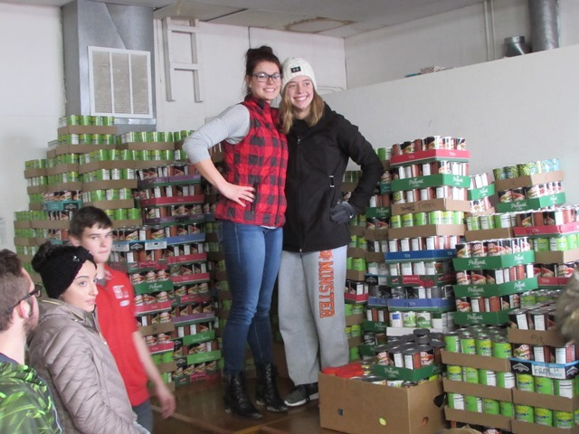 It's A Record!  21,942 Cans Donated: Featured Image 1