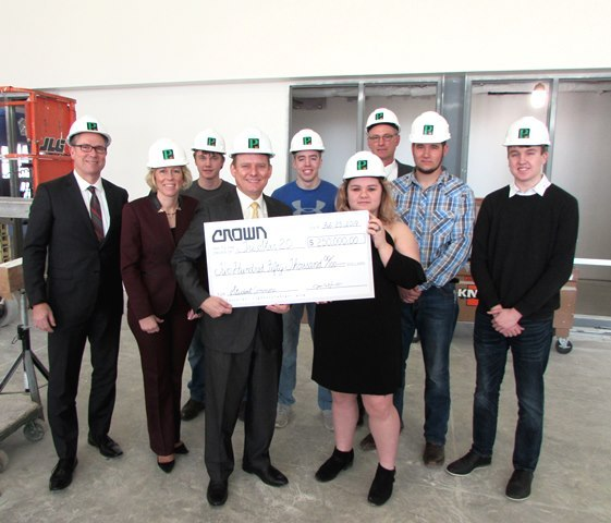 Crown Equipment Corporation Donates to Tri Star 2.0 Project: Featured Image 1