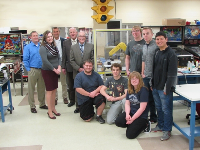 Mercer County Commissioners Help Purchase FANUC Robot: Featured Image 1