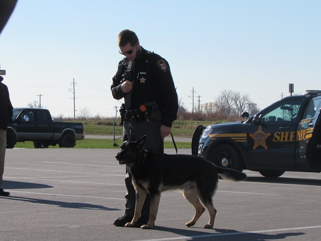 Mercer County K-9 Unit Puts on Demonstration For Students: Featured Image 1